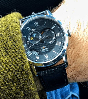 Black textured dial on the Sun and Moon v2